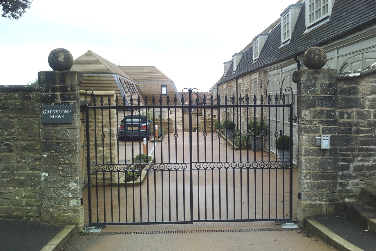 Fence Gates Designs